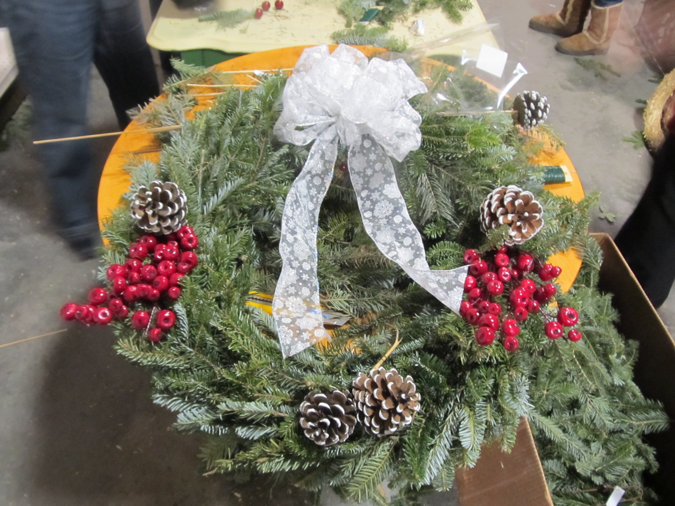 wreath, fresh wreaths, wreath making classes