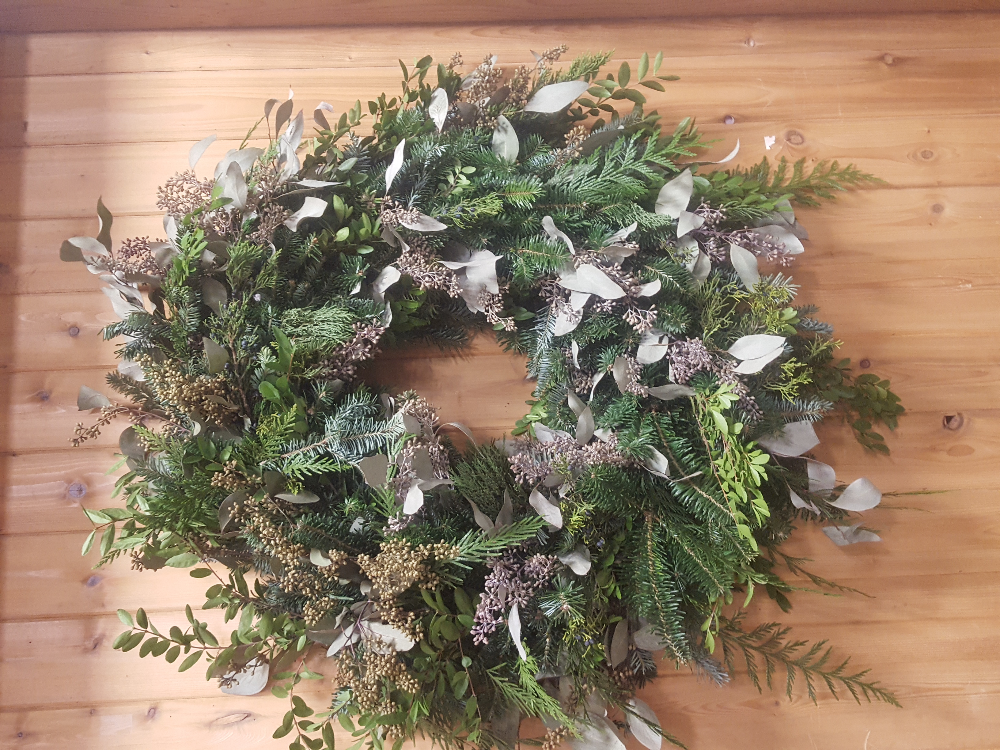 custom wreath, jensen nursery