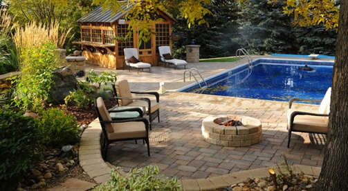 Roman paver, barkman products, pavers for pool area, retaining wall by Barkman, pavers by Barkman, jensen nursery and garden center, garden centres carrying barkman products